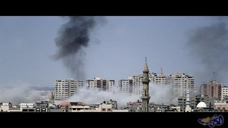 طائرات حربية اسرائيلية تقصف عدة مواقع في قطاع غزة بعد هجوم صاروخي على بئر السبع