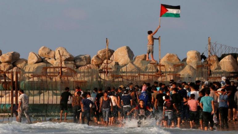 إصابة 11 شخصًا على الأقل بنيران الجيش الإسرائيلي في احتجاج جديدة في غزة