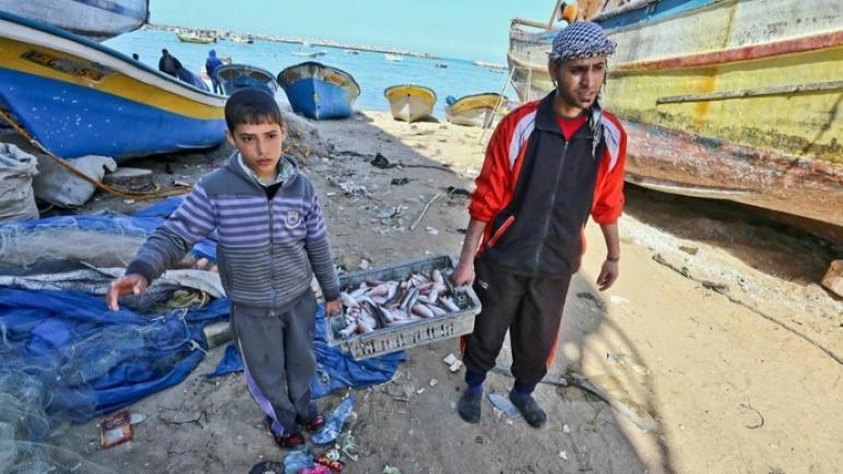 قوات البحرية المصرية تقتل صيادين من غزة لاختراقهما المياه الإقليمية