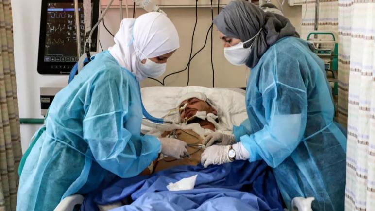 اكتظاظ المشافي الفلسطينية بمرضى كورونا مع وصول أول دفعة لقاحات عبر برنامج Covax لمنظمة الصحة العالمية