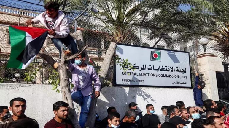 تطالب إسبانيا و فرنسا وإيطاليا وألمانيا السلطة الفلسطينية بتحديد موعد جديد للانتخابات