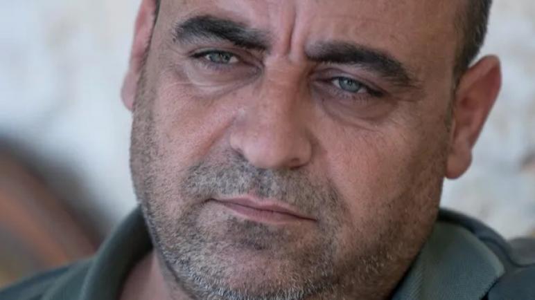 مقتل نزار بنات المعارض للسلطة الفلسطينية أثناء اعتقاله ودعوات للتظاهر للمطالبة بالعدالة