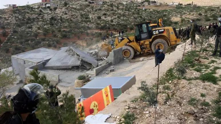 استشهاد فلسطيني واصابة اكثر من 200 في اشتباكات مع قوات الكيان الاسرائيلي في الضفة الغربية