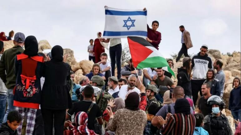 تقرير: بنك ING وصندوق التقاعد ABP الهولنديان متورطان بشكل غير مباشر في المستوطنات الإسرائيلية الغير شرعية في الأراضي الفلسطينية المحتلة