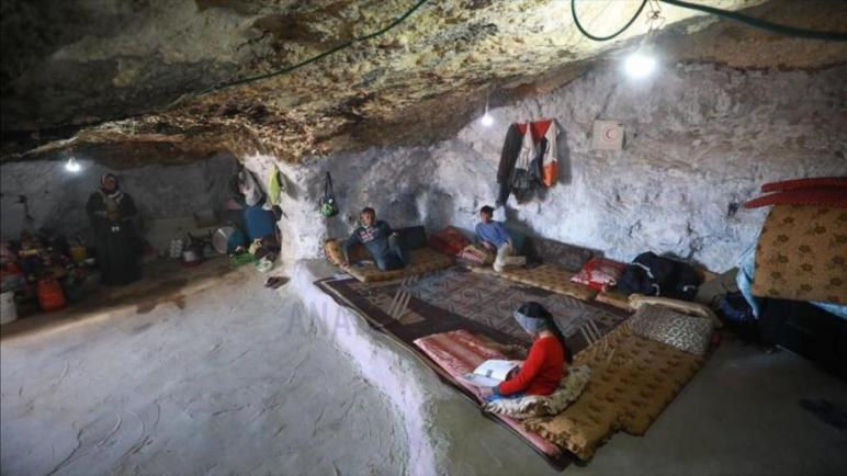 الكيان الإسرائيلي يجبر عائلات فلسطينية على العيش في الكهوف