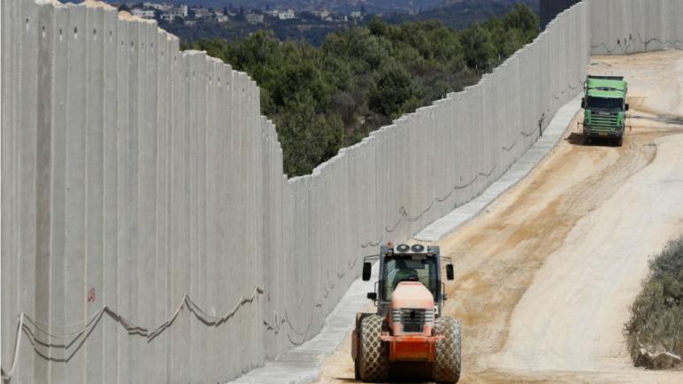 """الجيش الإسرائيلي يبدأ بتدمير """"أنفاق حزب الله"""" اللبناني"""