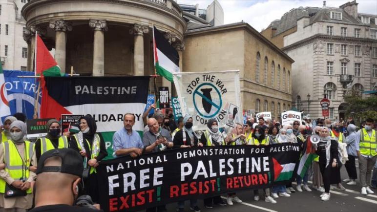 مظاهرة حاشدة في لندن للمطالبة بمعاقبة الكيان الإسرائيلي على جرائمه