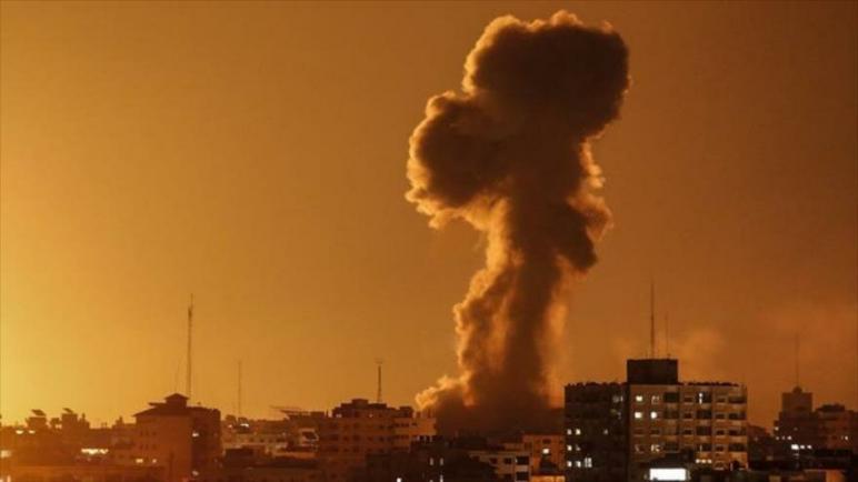 الطائرات الحربية الإسرائيلية تقصف مواقع في جنوب قطاع غزة المحاصر