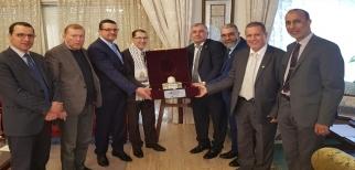 وفد مؤتمر فلسطينيي أوروبا يصل المغرب ويلتقي رئيس الحكومة المغربية