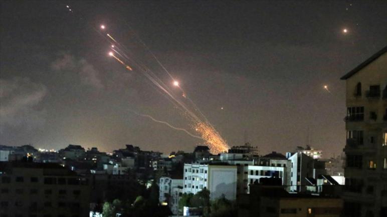 الكيان الإسرائيلي يعترف بأنه فشل في منع اطلاق صواريخ المقاومة الفلسطينية