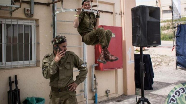 كيف تمكنت حماس من الحصول على معلومات حول جيش الكيان الإسرائيلي وخططه ؟