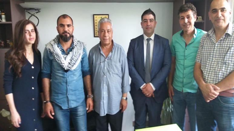 الجالية الفلسطينية في بلجيكا تسلم السفارة اللبنانية رسالة دعم لحراك فلسطينيي لبنان