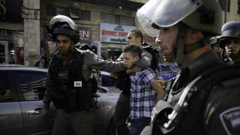 تقرير: الكيان الإسرائيلي اعتقل أكثر من 50,000 طفل فلسطيني منذ عام 1967