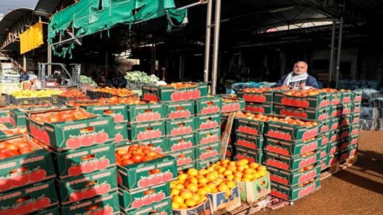 السلطة الفلسطينية تتفاوض من خلال وسطاء مع الكيان الإسرائيلي لرفع الحظر عن الصادرات الزراعية