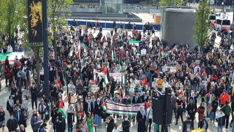 يوم آخر من الحراك التضامني الأوروبي مع الشعب الفلسطيني وتنديداً بالمجازر الإسرائيلية بحق المدنيين في غزة