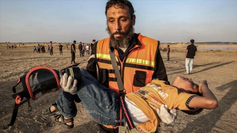 إصابة 79 فلسطيني بجروح بنيران الكيان الإسرائيلي في مسيرة العودة في الجمعة 62 بقطاع غزة