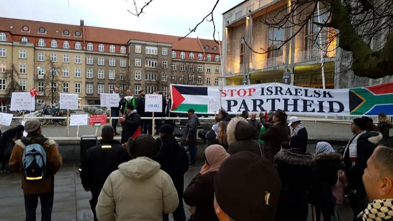 وقفات شعبية ضد صفقة القرن الأمريكية في عدة مدن دنماركية