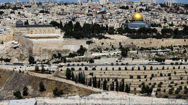 صمت مريب حول مشاركة مسؤولين هولنديين من وزارتي الخارجية والعدل في رحلة إلى الكيان الإسرائيلي وفلسطين من تنظيم اللوبي الإسرائيلي