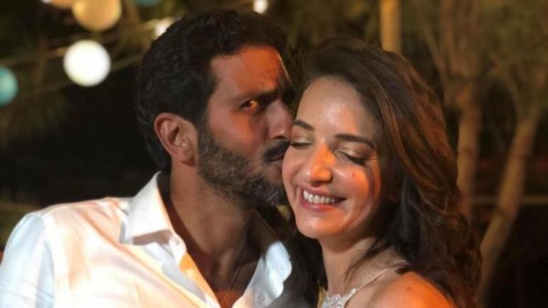 ضجة كبيرة في اسرائيل بعد زواج اسرائيلي يهودي بصحفية عربية مسلمة