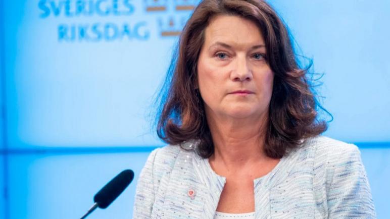 """وزيرة الخارجية السويدية تطالب """"إسرائيل"""" بضبط النفس واحترام القانون الدولي"""