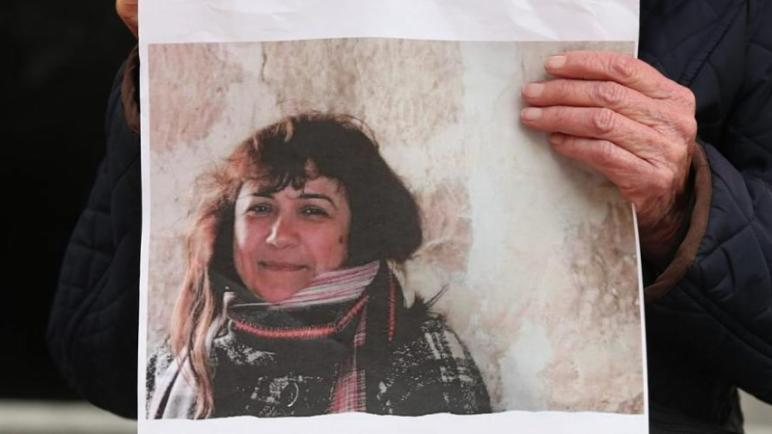 الكيان الإسرائيلي يستمر في إحتجاز الناشطة الإنسانية الإسبانية خوانا رويز