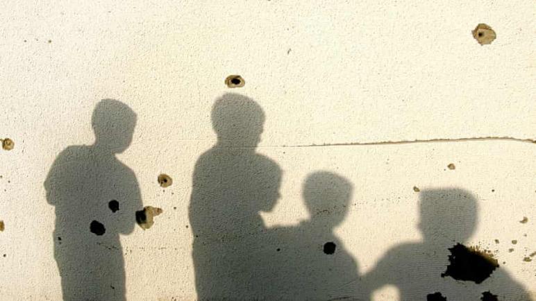 في يوم الطفولة العالمي – مسؤولي تعليم ومدرسون بريطانيون يطالبون حكومتهم للضغط بقوة للإفراج عن الأطفال الفلسطينيين في السجون الإسرائيلية