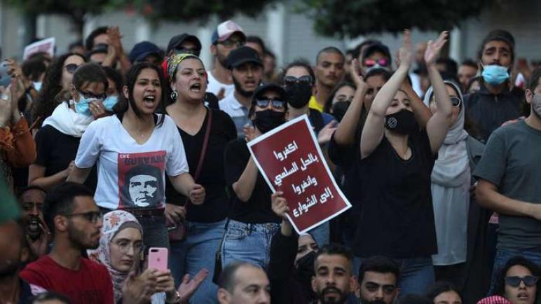 الضرب والاضطهاد في الضفة الغربية: العنف ضد منتقدي السلطة الفلسطينية يتخذ سمات مروعة
