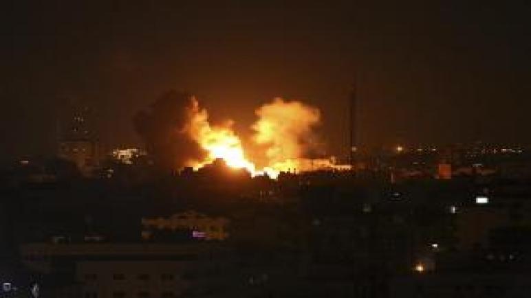 صحيفة بريطانية – حماس تهدد بشن المزيد من الهجمات الصاروخية على المدن الإسرائيلية إذا استمرت الغارات الجوية على غزة