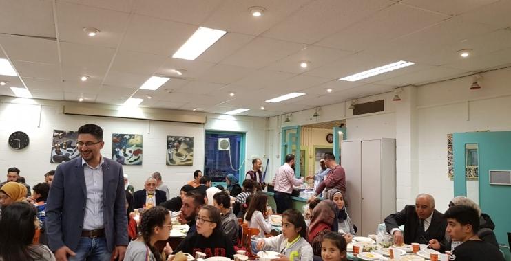 إفطار رمضاني تقيمه الجالية الفلسطينية في أمستردام الهولندية