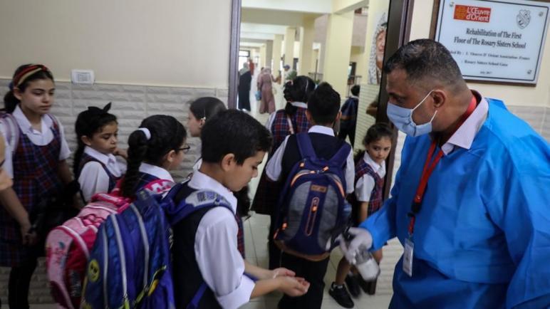 وزارة التعليم الفلسطينية تقرر بدء العام الدراسي مبكرا لمواجهة تداعيات جائحة كورونا