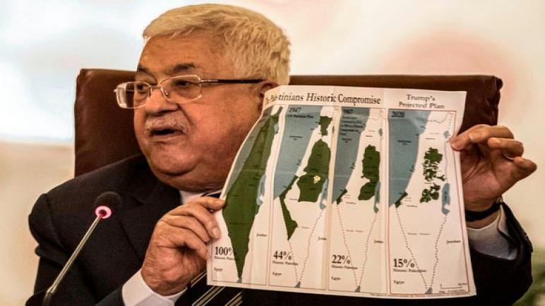 أعلن محمود عباس عن قطع جميع العلاقات مع اسرائيل وأمريكا رداً على خطة ترامب للسلام