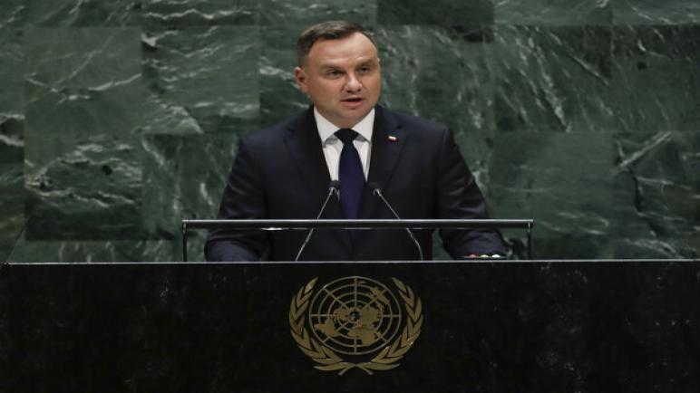 رئيس بولندا أندريه دودا: إسرائيل هي السبب في معاداة السامية في بلاده