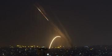 اطلاق أربعة صواريخ من قطاع غزة على الكيان الإسرائيلي عصر اليوم