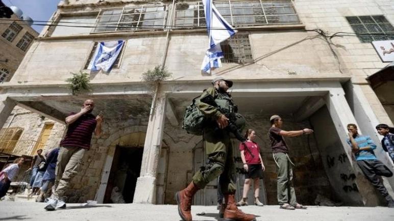 تعطي إسرائيل الضوء الأخضر لتوسيع المستوطنة في مدينة الخليل الفلسطينية