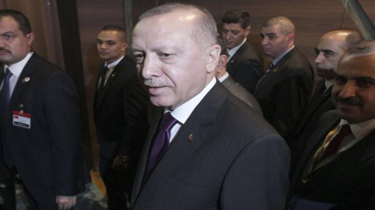 أردوغان: هناك دول عربية ترتكب الخيانة من خلال دعم خطة سلام ترامب