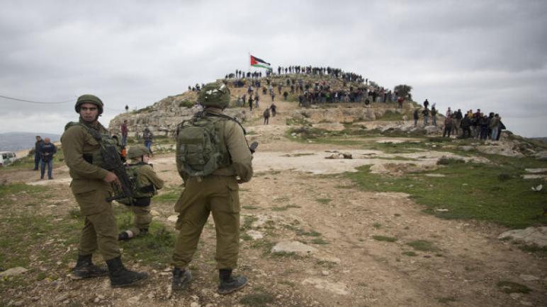 استشهد طفل فلسطيني يبلغ من العمر 12 عاماً برصاص جنود الإحتلال الإسرائيلي