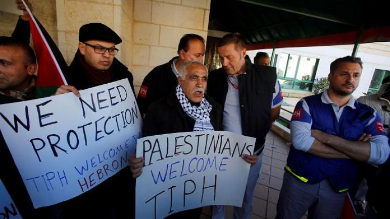 """خمس دول أوروبية تنتقد بشدة """"الكيان الإسرائيلي"""" لعدم تجديدها مهمة المراقبين الدوليين في الخليل"""