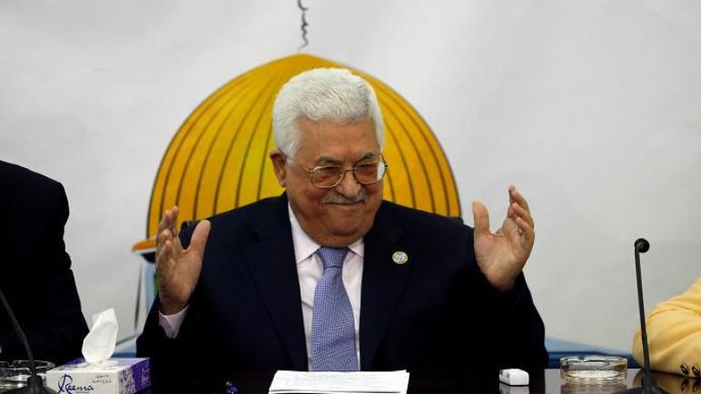 """عباس: التنسيق الأمني مع """"الكيان الإسرائيلي"""" مستمر ولا نخجل من هذا"""
