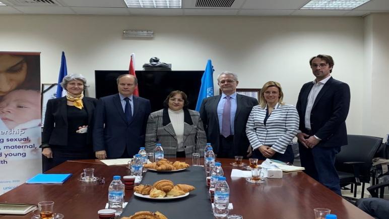تلتزم فرنسا بالعمل مع اليونيسيف لتعزيز صحة الأمهات والمواليد في غزة