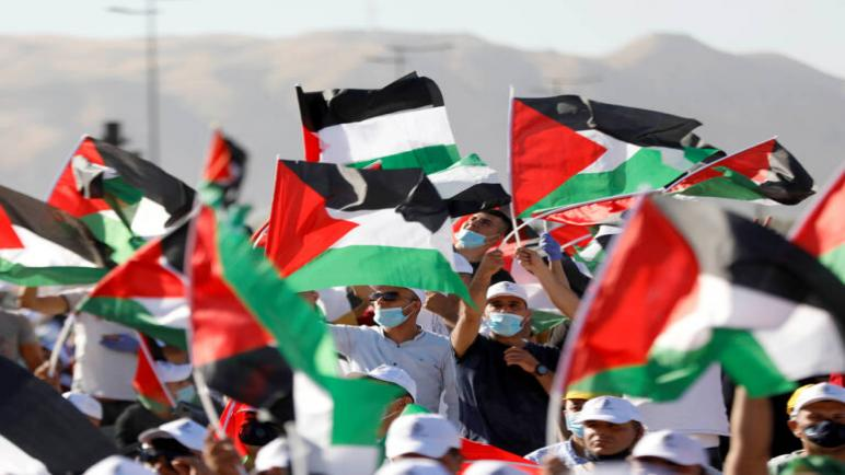 دبلوماسيين أوروبيين ومن الأمم المتحدة يشاركون الفلسطينيين إحتجاجهم ضد مخطط الضم الإسرائيلي