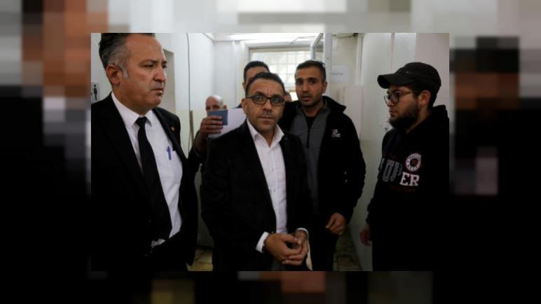 الشرطة الإسرائيلية تعتقل مجددا محافظ القدس الفلسطيني عدنان غيث