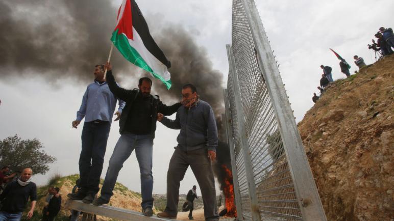 """السفير الفلسطيني في روسيا: الفلسطينيون سيحاربون ضد قانون """"دولة الأمة اليهودية"""""""