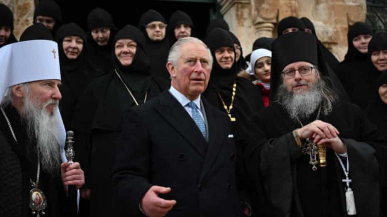 """وريث العرش البريطاني الأمير تشارلز يزور الضفة الغربية المحتلة ويتمنى للشعب الفلسطيني """"الحرية والعدالة والمساواة"""""""