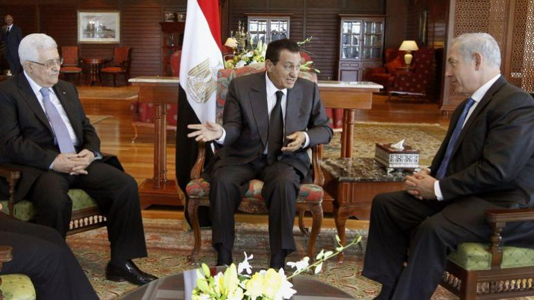 نتنياهو وعباس أشادا بدبلوماسية حسني مبارك في الشرق الأوسط