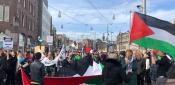 الجالية الفلسطينية تشارك في مظاهرة ضد العنصرية في أمستردام وترفع العلم الفلسطيني
