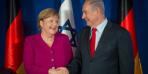 أنجيلا ميركل تدعو نتنياهو لإجتماع في برلين وتؤكد على اقامة الدولة الفلسطينية كحل للصراع