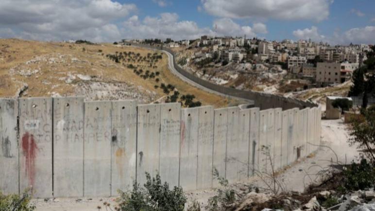 """توتر كبير حول الضفة الغربية المحتلة: هل سيضم """"الكيان الإسرائيلي"""" أراضٍ فلسطينية فعلاً ؟"""