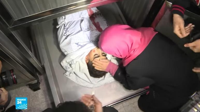 ارتفاع عدد الشهداء إلى ثلاثة في احتجاجات مسيرة العودة البارحة الجمعة في غزة