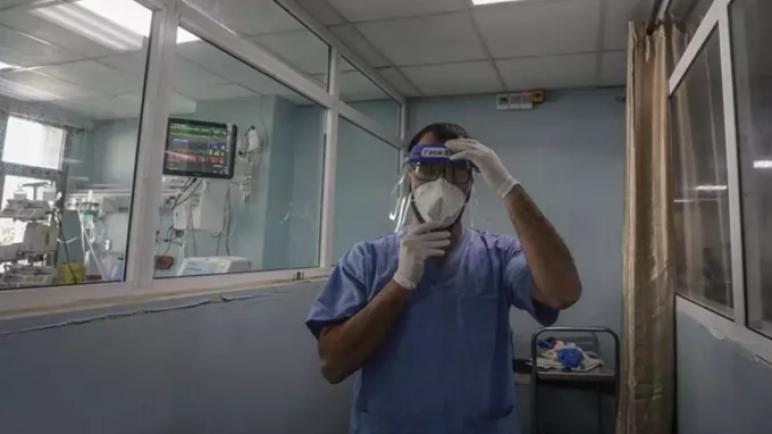السلطة الفلسطينية تبدأ حملة تطعيم بعد حصولها على ألاف الجرعات من لقاح موديرنا