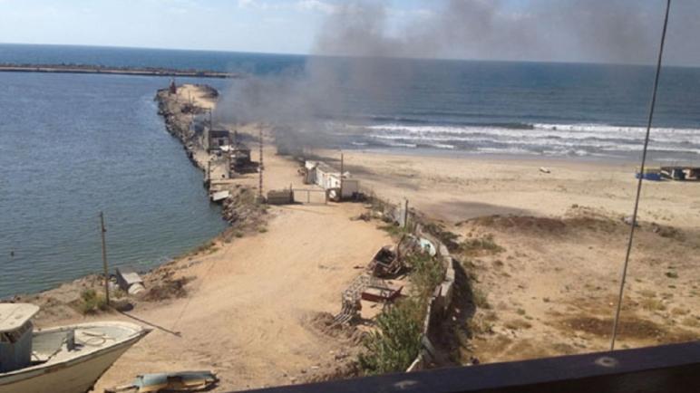 الكيان الإسرائيلي يغلق المنطقة البحرية ويمنع الصيادين من الخروج للبحر في قطاع غزة بزعم اطلاق بالونات حارقة